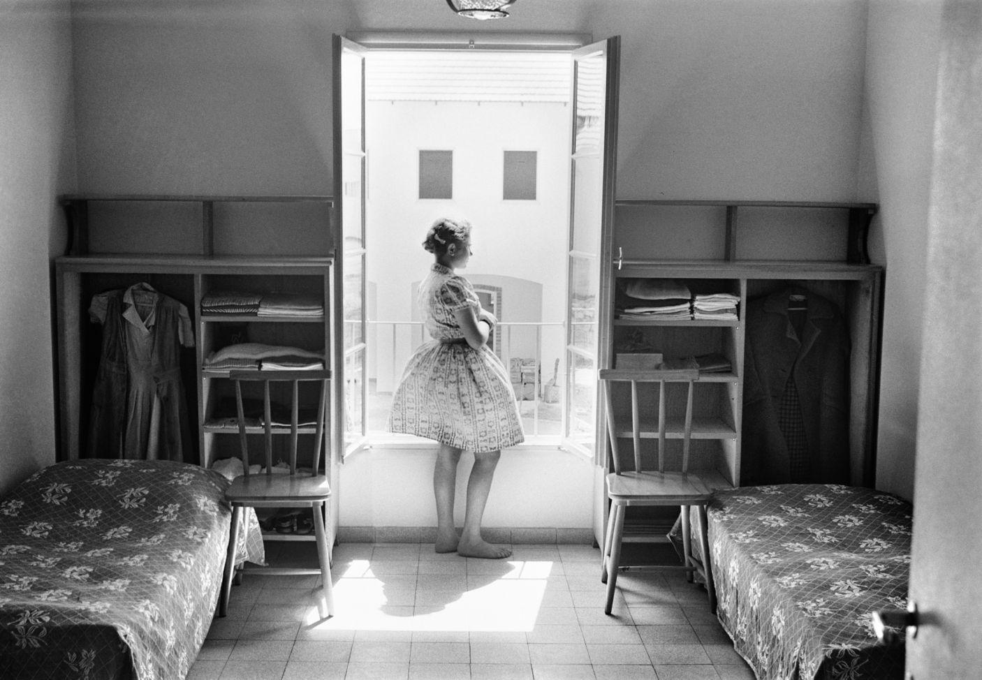 Ra'anana, 1947. Rudi Weissenstein photo
