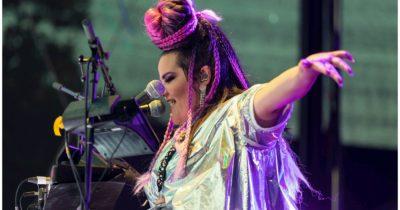 Песня Израиля, покорившая Евровидение, взрывает первые места чартов