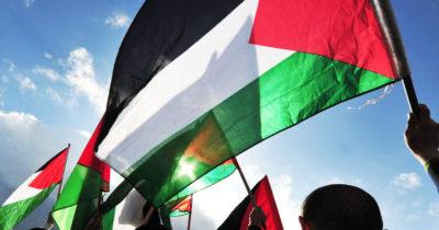 Израиль облегчил жизнь Палестины, освободив от акцизов