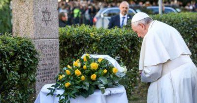Папа Римский в Вильнюсе почтил память
