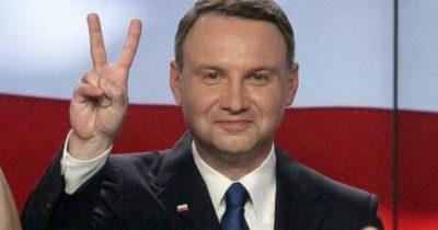 Польша опомнилась, приняла разъяснения Биби и все свалила на журналистов