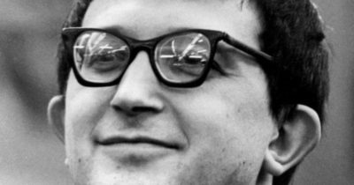 Стругацкий обязан предоставить справку, иначе никакого мемориала