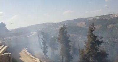Пожар невероятных размеров на въезде в Иерусалим. Движение перекрыто