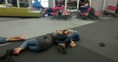 Десятки израильтян в ужасных условия спят на полу